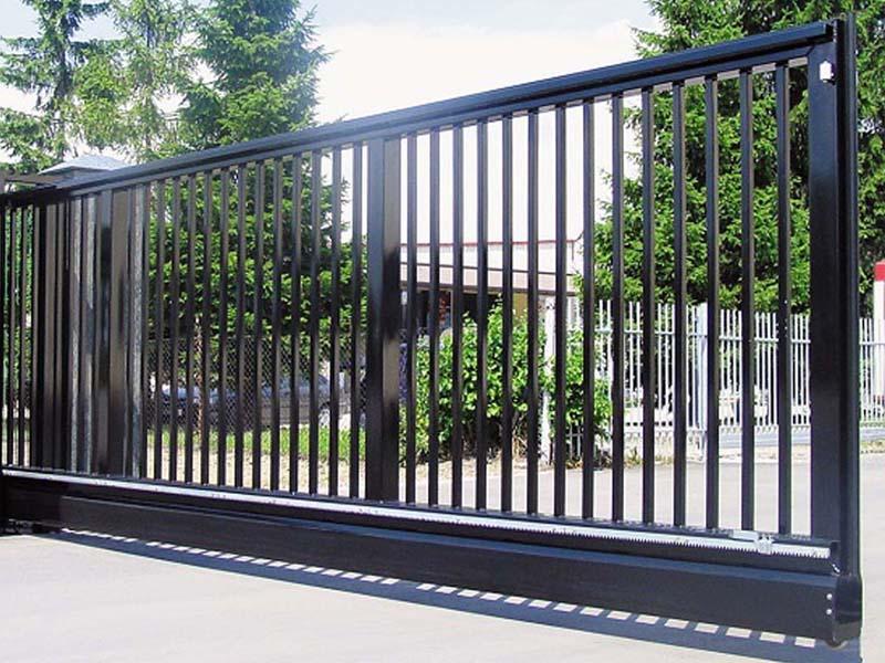 обшивка откатных ворот решеткой
